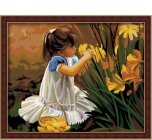 MG030 Девочка в цветах